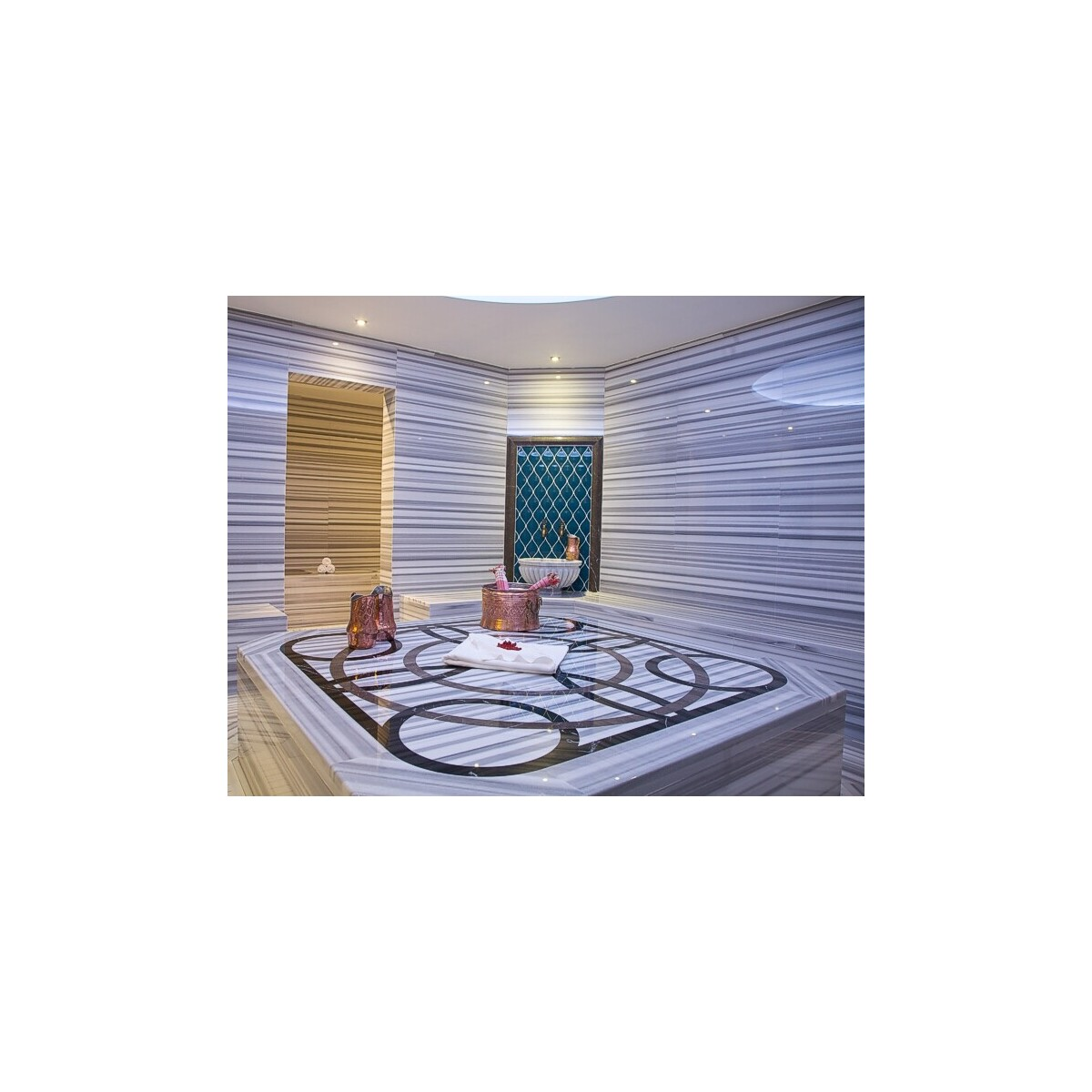 5 Yıldızlı Güneşli Retaj Royal İstanbul Hotel Çift Kişilik Konaklama