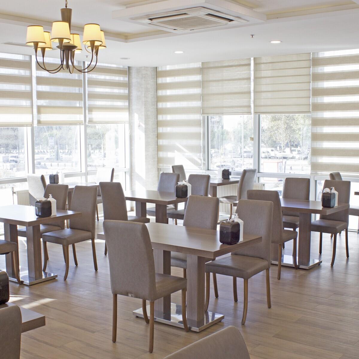 Beylikdüzü Sarissa Hotel'de SPA ve Kahvaltı Dahil Çift Kişi Konaklama