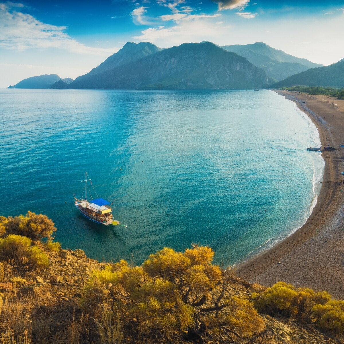 Her Hafta 4 Gece 5 Gün Antalya Kemer Olimpos Adrasan Salda Gölü Turu