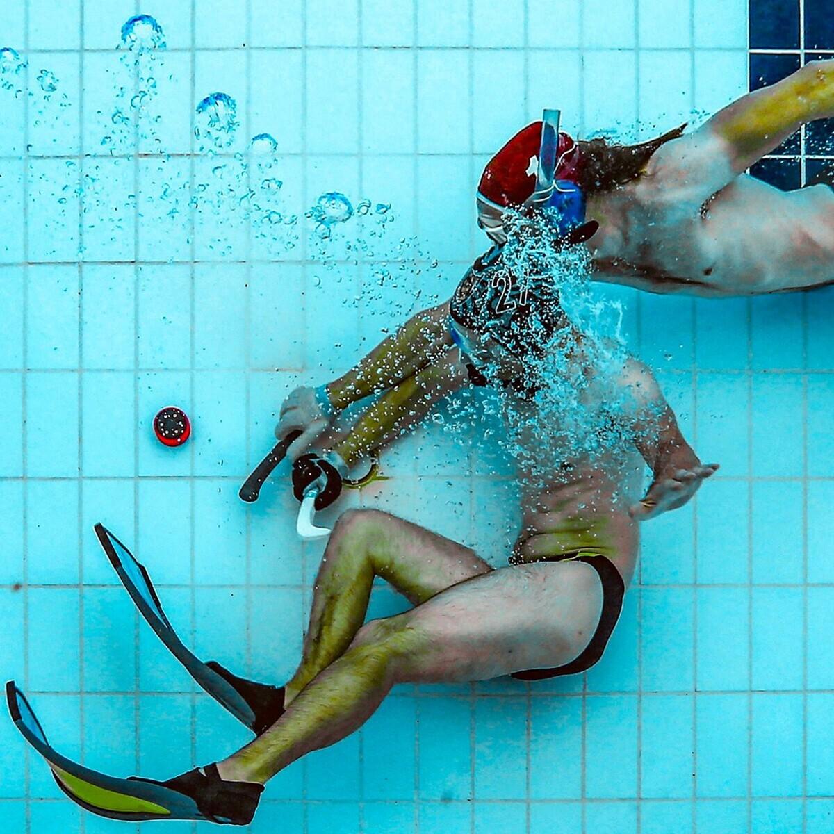 Olimpik Spor Yüzme Kulübü'nden Sualtı Hokeyi Eğitimi