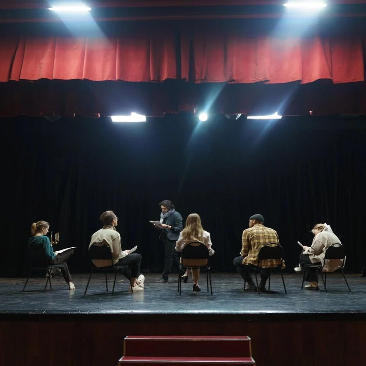 İnter Sahne'de 10 Saatlik Kamera Önü Ve Tiyatro Oyunculuk Eğitimi