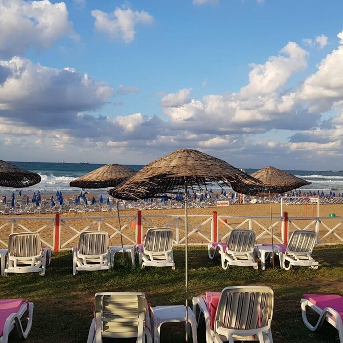 Kilyos Gümüş Beach Girişi ve Hamburger Menü