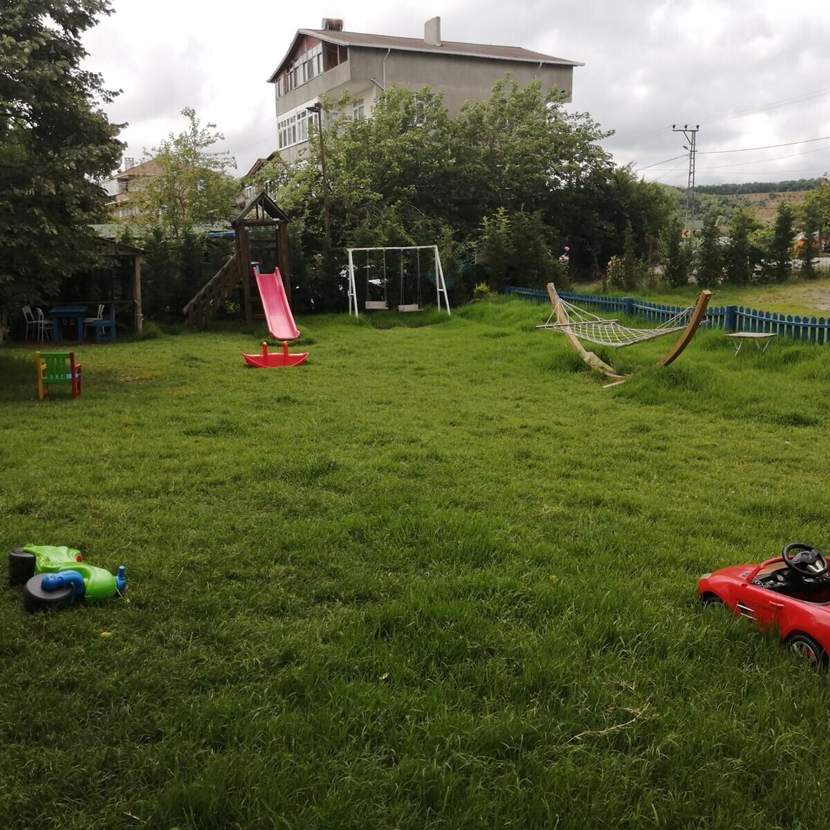 Düş Bahçesi'nde Enfes Serpme Kahvaltı ve Deniz Bisikleti Keyfi