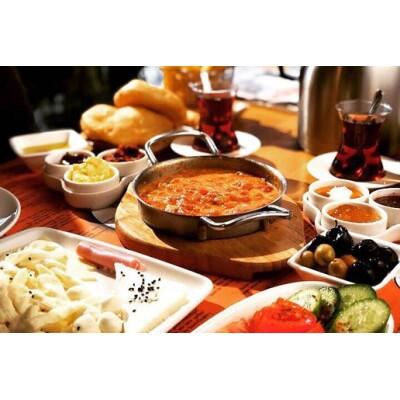 Beşiktaş Dede'de Tadına Doyamayacağınız Serpme Kahvaltı Keyfi