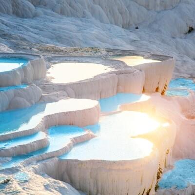 Her Perşembe 3 Gece Bozcaada Ayvalık Çeşme Kuşadası Salda Gölü Turu