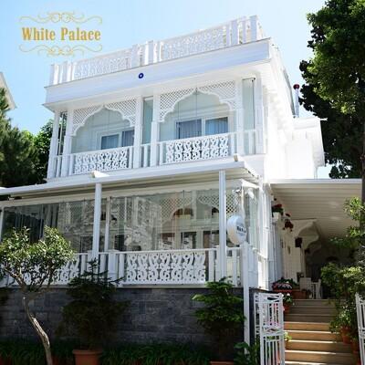 Büyükada White Palace Hotel'de Çift Kişilik Konaklama Seçenekleri