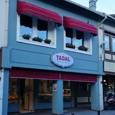 Tadal Pastanesi'nde Serpme Kahvaltı ve Türk Kahvesi
