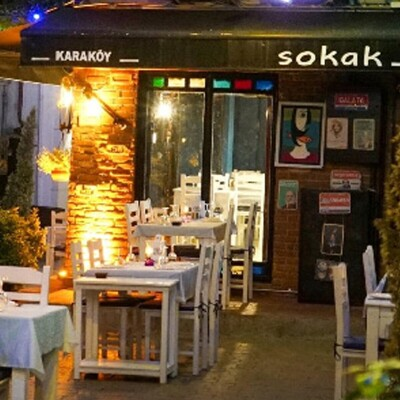 Sokak Karaköy'ün Alkol Dahil Menüsü ile Keyifli bir Akşam