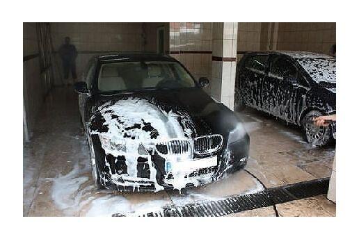 Mecidiyeköy Rolax Oto'dan Buharlı Dezenfekte + İç Dış Temizlik + Buharlı Motor Yıkama ve Koruma + Boya Koruma + Yağmur Kaydırıcı + Jant Temizliği