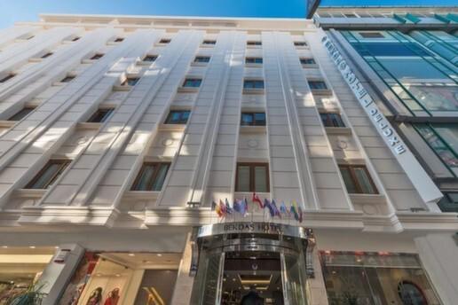 Fatih Bekdaş Hotel Deluxe'de Profesyonel Masaj Keyfi ve Spa Kullanımı