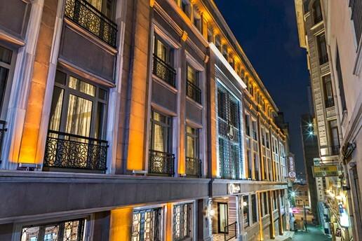 Manesol Galata Boutique Hotel'den Şehrin Göbeğinde Çift Kişilik Konaklama Seçenekleri