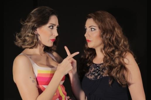 Berke Hürcan ve Ece Gürsel'in Başrol Oynadığı 'Hangisi Karısı' Tiyatro Oyunu Bileti
