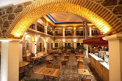 L'agora Old Town Hotel & Bazaar'da Tadına Doyulmaz Çift Kişilik Serpme Kahvaltı Keyfi