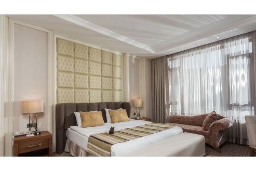 Grannos Thermal Hotel & Convention Center'da Yarım Pansiyon Konsepti İle Konaklama Seçenekleri