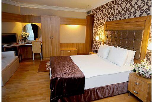 Anadolu Yakasının En Güzel Manzaralı Oteli Elite Hotel Küçükyalı'da Çift Kişilik Konaklama Seçenekleri