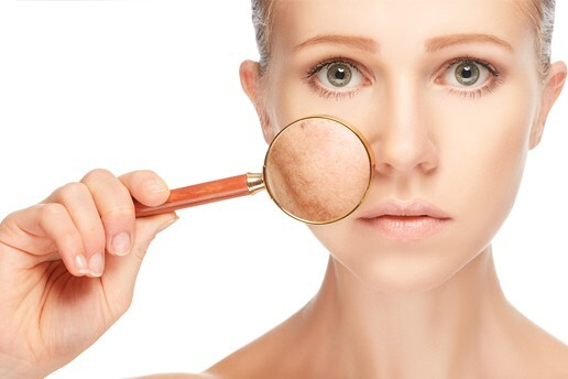Özlem Yıldırım VIP Güzellik'ten Cildinizin Sağlıkla Işıldamasını Sağlayan 6 Seans Özel Bakım Serumu ve Led Maske Uygulaması