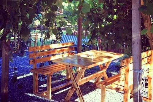 Riva Huzur Bahçesi'nde Yeşillikler İçinde Manzaraya Karşı Sınırsız Çay Eşliğinde Zengin Kahvaltı Menüsü