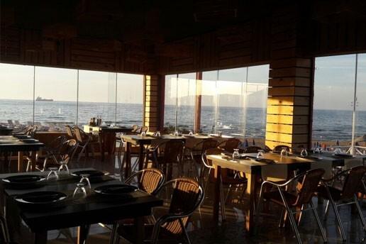 Sarıyer Sandık Restaurant'ta Lezzet Dolu Kahvaltı Tabağı