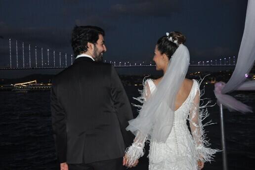 Sürpriz Prensi ile Özel Anlarla Dolu Boğaz Turu Eşliğinde Nikahtan Sonra Eğlence Paketleri