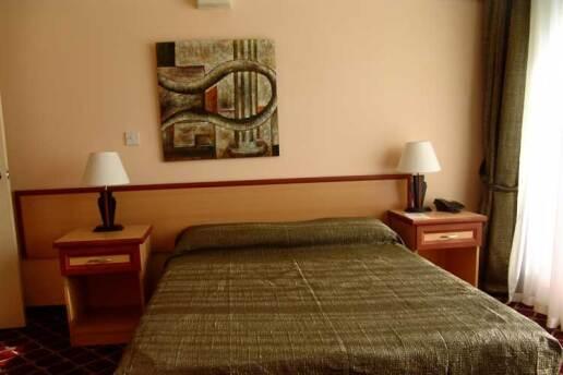 Kıbrıs Life Hotel'de Tatil Paketleri