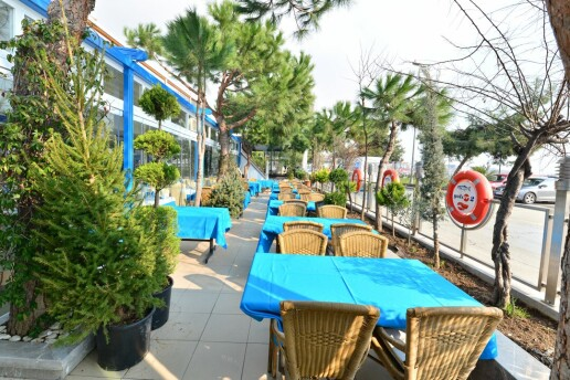 Yeşilköy Yalıer Balık Restaurant'ta Enfes Akdeniz Mezeleri Menüsü