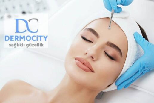 Dermocity Clinic'ten Hydrafacial Cilt Bakımı Uygulaması