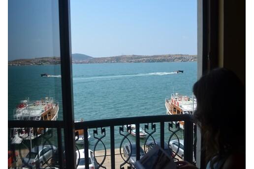 Ayvalık Palas Otel'de Kahvaltı Dahil Tatil Keyfi