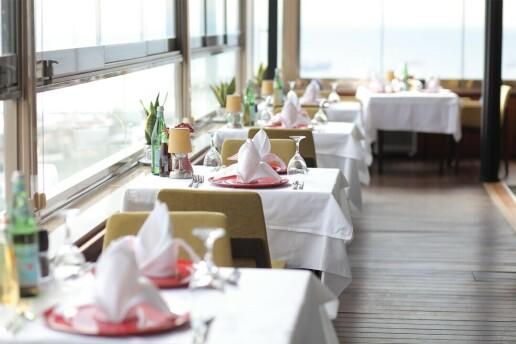 Marmarion Teras Antik Hotel İstanbul'da 1 Şişe Yerli İçecek Dahil Leziz Menü Seçenekleri