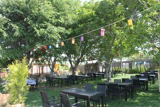 Otantik Garden'dan Lezzet Dolu Kişi Başı Serpme Kahvaltı Keyfi