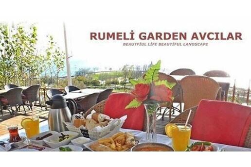 Rumeli Garden'da Deniz Manzarasına Karşı Serpme Kahvaltı Menüsü