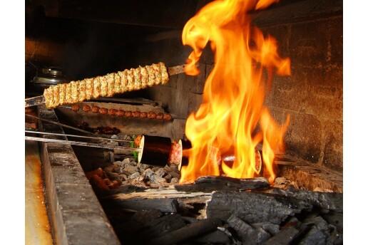 Kozyatağı Suhan İskender Kebap'ta Enfes Kebap Menüsü