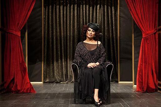 'Nilgün Belgün İle Aşk ve Komedi' Müzikli Danslı Gösteriye Tiyatro Bileti