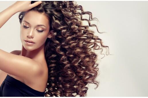 Salon Es'ten A'dan Z'ye Saç Güzellik Uygulamaları