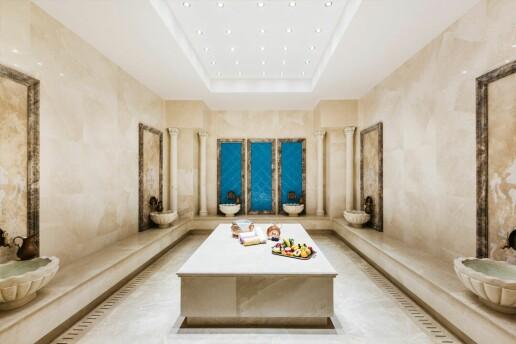 Kıbrıs Girne 5 Yıldızlı Lord's Palace Hotel'de Tatil Paketleri