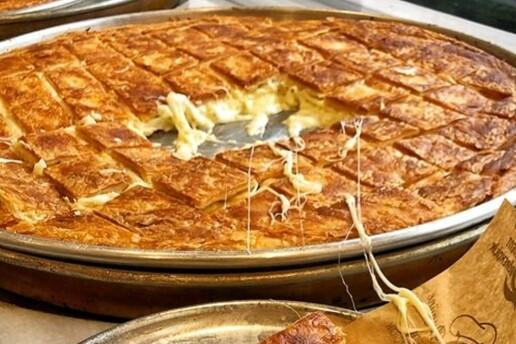 Batıkent Levent Börek'te Sınırsız Çay Eşliğinde Enfes Serpme Kahvaltı