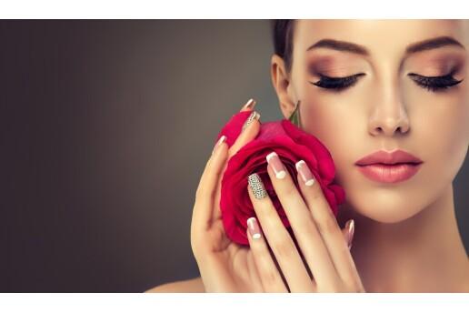 Selen Güzellik Akademi'den Makyaj Eğitimi