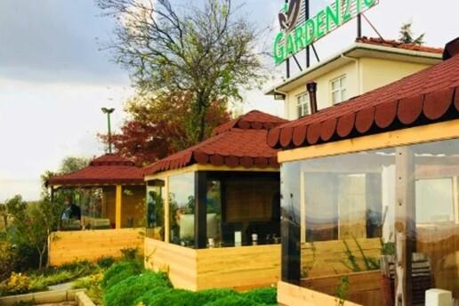 Garden216 Cafe'de Enfes Serpme Kahvaltı Menüsü