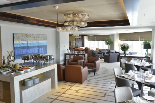 Güneşli Wyndham Grand İstanbul Europe Hotel'de Aslı Güngör ve Muhteşem Lezzetler Eşliğinde Yılbaşı Galası
