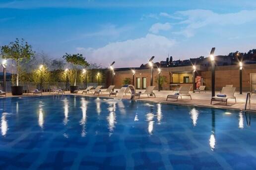 Hilton Garden Inn Yalova'da Kahvaltı Dahil Çift Kişilik Konaklama