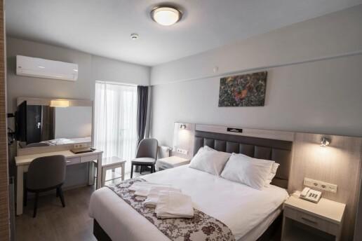 Bolu Köroğlu Hotel'de Ek Bedelsiz Konaklama Seçenekli Muhteşem Yılbaşı Programı