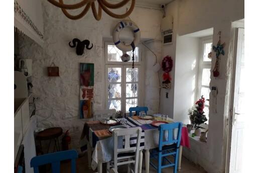 Alaçatı Butik Otelim Kalimera Yasu Restaurat'ta Yerli İçecek Dahil Müzik ve Eğlence Dolu Konaklama Seçenekleri