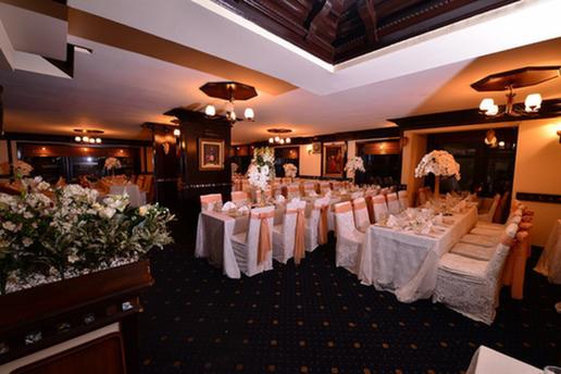 Nanna Restaurant'da Her Cuma Yeliz Canlı Performansı Eşliğinde Gala Yemeği