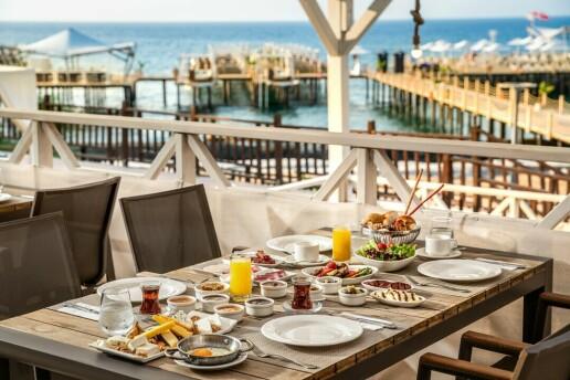 Kıbrıs Elexus Hotel'de Erken Rezervasyon Yaz Tatili Paketleri