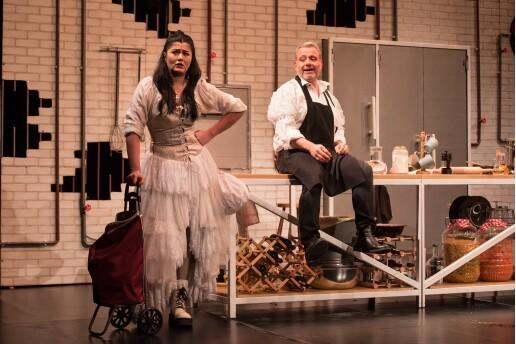 Deniz Çakır ve Engin Alkan'ın Rol Aldığı 'Tarla Kuşuydu Juliet' Tiyatro Oyunu Bileti (Sınırlı Sayıda)