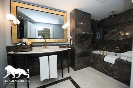 Kıbrıs Les Ambassadeurs Hotel & Casino'da Erken Rezervasyon Yaz Tatili Paketleri