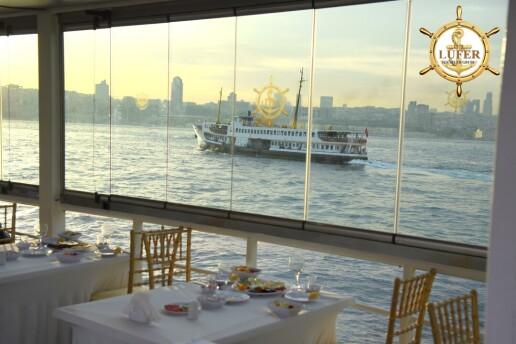 Lüfer Tekneleri İle Canlı Müzik Eşliğinde Yemekli Boğaz Turu