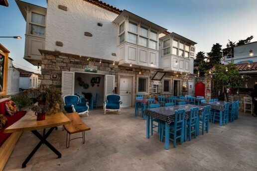 Alaçatı Monat Otel'de Enfes Akşam Yemeği Menüleri