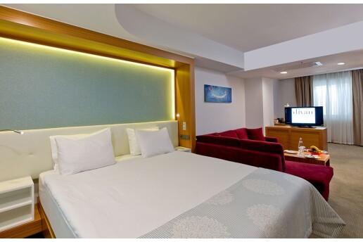 Gayrettepe Divan İstanbul City Hotel'de Çift Kişilik Konaklama Seçenekleri