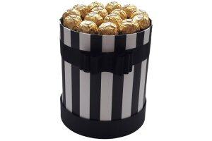 Tasarım Kutusunda Enfes Çikolatalar