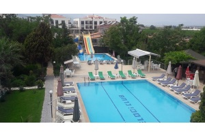 Kuşadası Melodi Club Hotel'de Aquapark, Havuz ve Hamburger Menü
